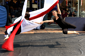 Feuerfeen Luftartistik Tanz Akrobatik